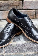 black-brogues3