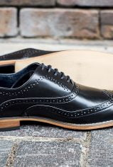 black-brogues4